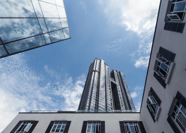 房价走低,房产交易市场格局对消费者有利